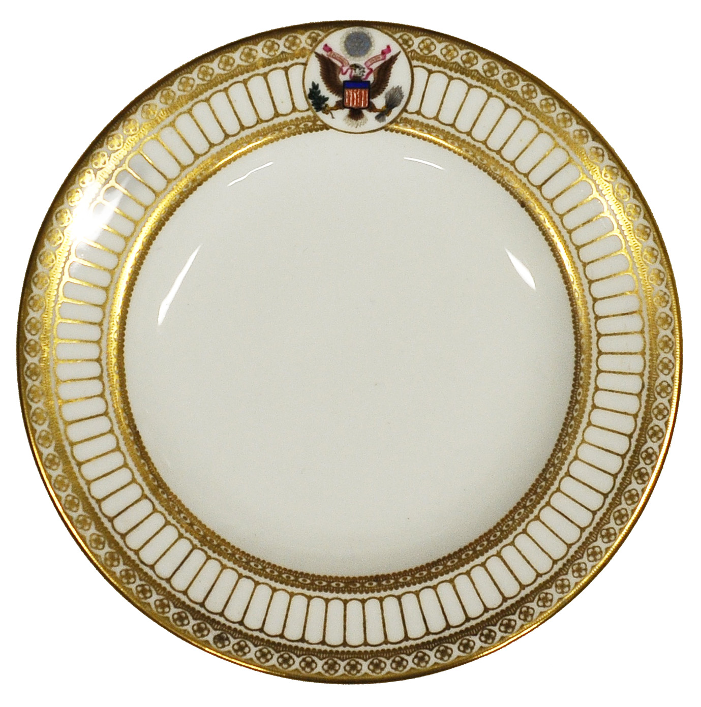 Bread plate from the President Theodore Roosevelt White House dinner service, 1903, designed by John Goodwin (English, 1867-1949) and Herbert A. Cholerton (English, 1883-1955), Wedgwood (est. 1759), Stoke-on-Trent, England, bone china, 6 inches diameter. Collection of the Art Fund, Inc. at the Birmingham Museum of Art; The Buten Wedgwood Collection, gift through the Wedgwood Society of New York 4510.2008